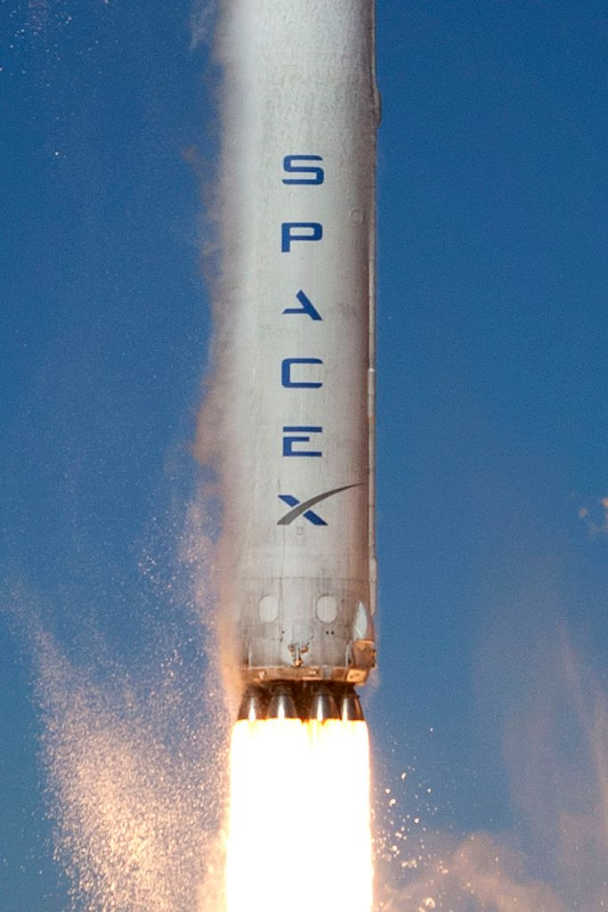 SEPTEMBER 29, 2013 PHOTO CREDIT — SPACEX FALCON 9 CLOSE UP