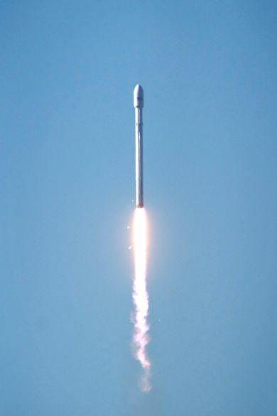 SEPTEMBER 29, 2013 PHOTO CREDIT — SPACEX FALCON 9 IN FLIGHT