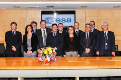 SIGNATORIES TO THE EUCLID MULTILATERAL AGREEMENT, ESA HEADQUARTERS, 28 NOVEMBER 2013