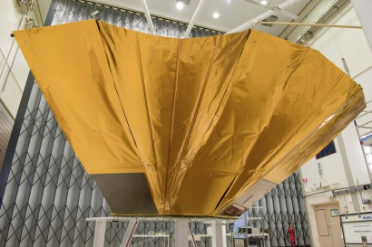 DEPLOYMENT TEST OF THE QM DEPLOYABLE SUNSHIELD