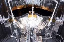GAIA QM DEPLOYABLE SUNSHIELD SET-UP IN THE LSS